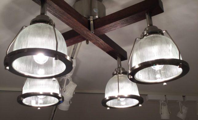 unicoの照明