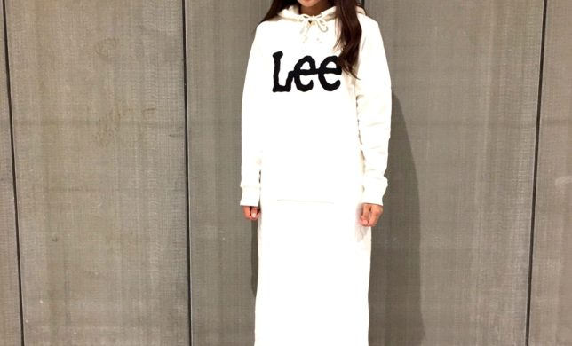 LEE LOGO HOODYDRESSのご紹介☆