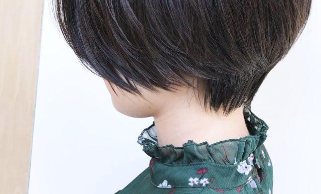 秋冬人気黒髪ショートボブはいかがですか♪美容室モリオフロムロンドン