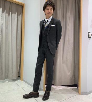 【新作】光の角度によって表情が変化するシャドーストライプスーツ★