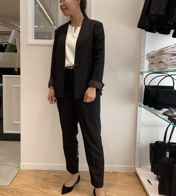 【Oggi掲載】金子綾氏コラボ☆Vカラースーツ