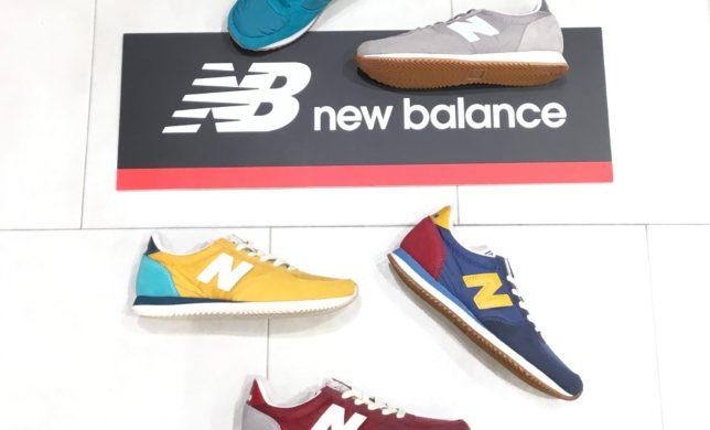 new balance 『220』New Arrival♪