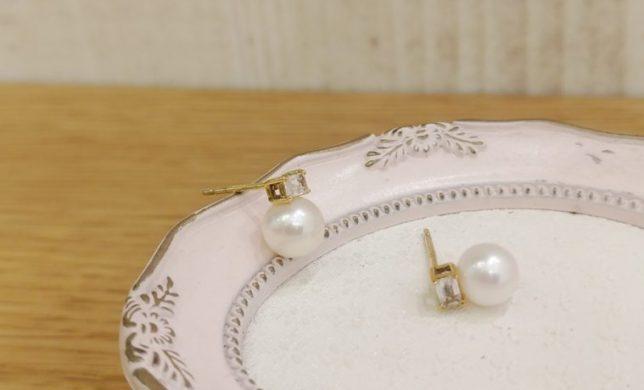 ✴ pearl pierced earring ✴
