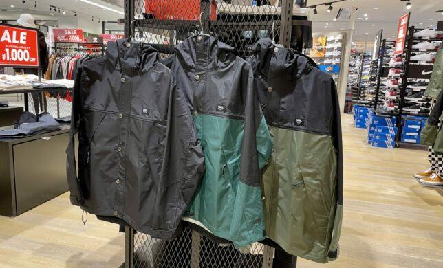 VANS Urban Trail Hooded Jacket入荷!!!
